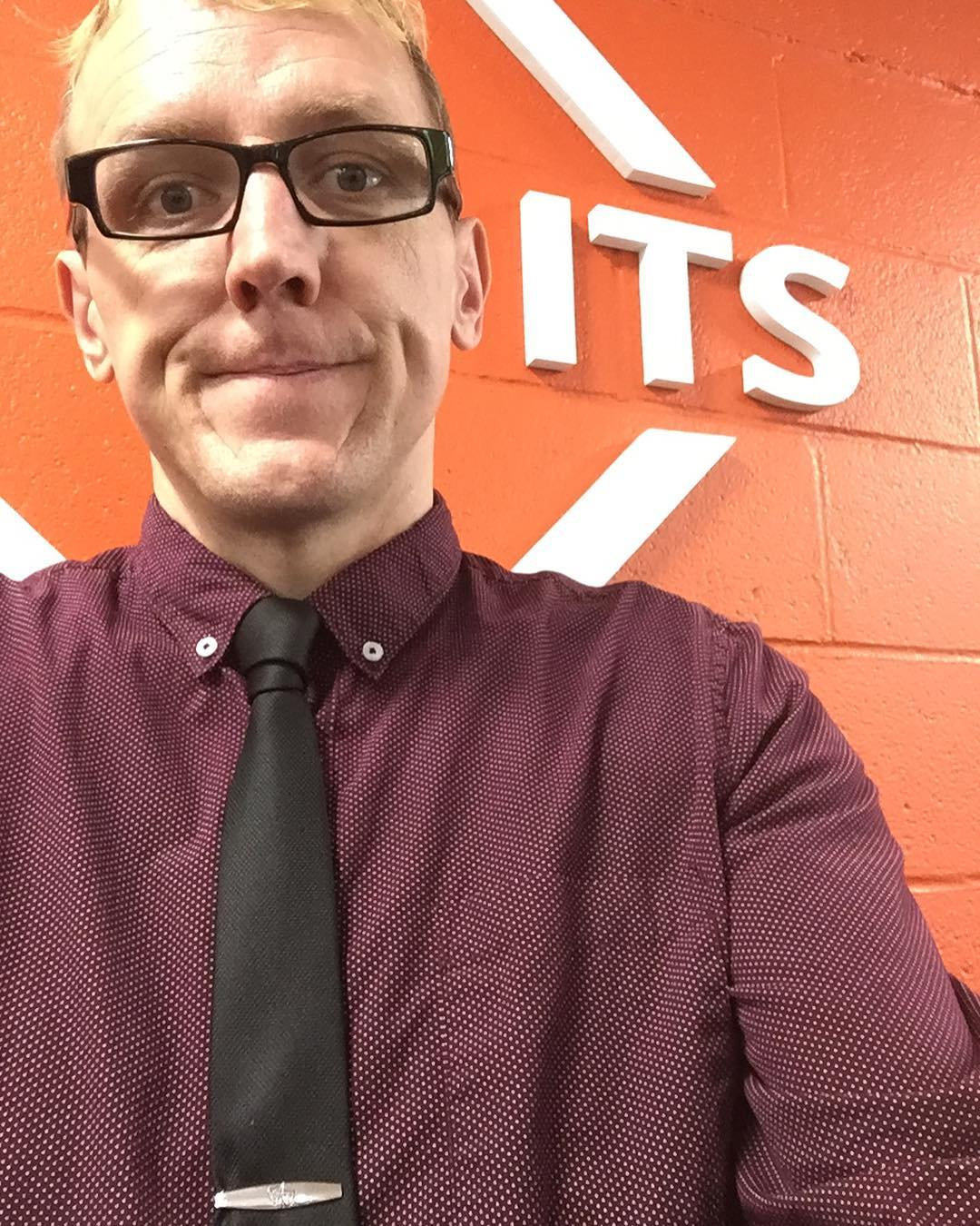Fun first week @wildcattech so broke out #vanwijk knot for first #tiedayfriday @davidsoncollege #ftw