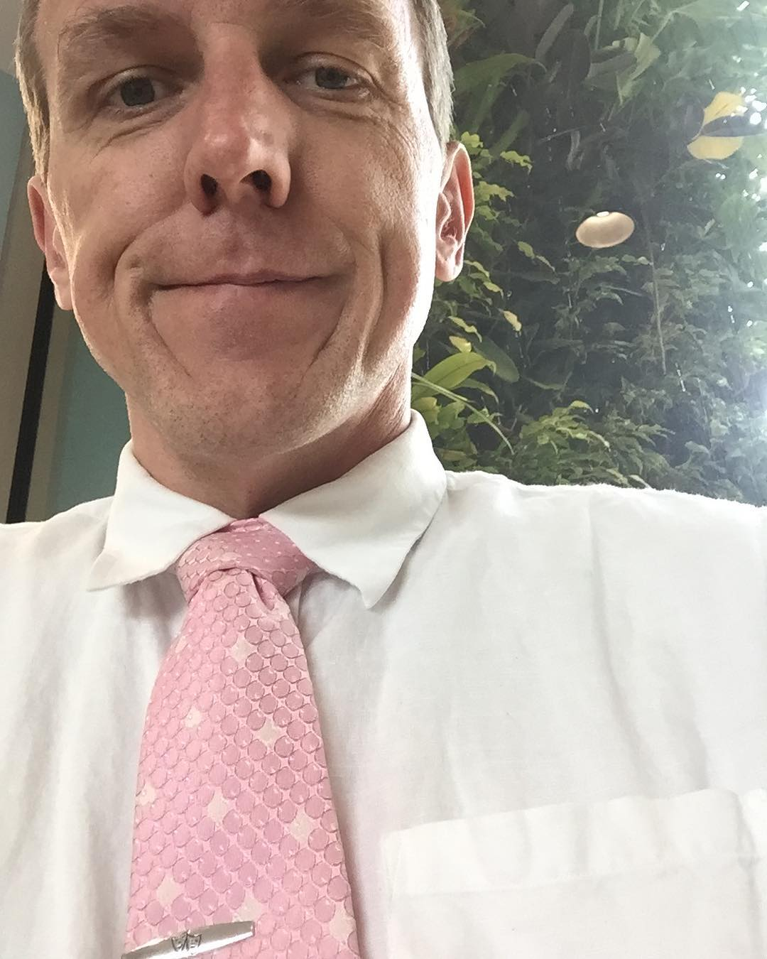 #internationalpinkday for #tiedayfriday #ftw (with living wall in bkgd)