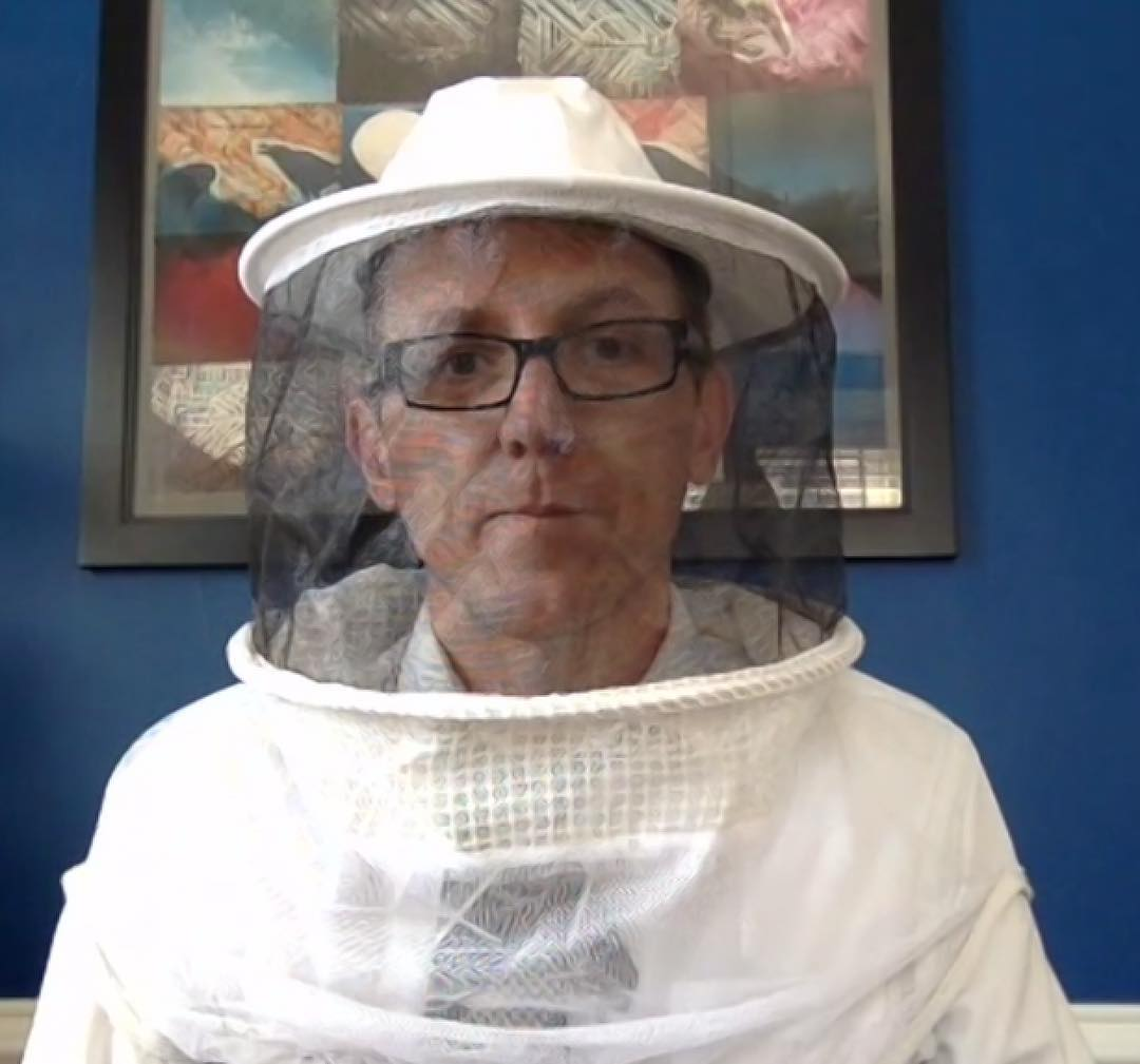 First hive visit kind of #tiedayfriday – got stung once and barely even cried. Next week final #beeschool class & exam :) Photo c/o Tim Clarke