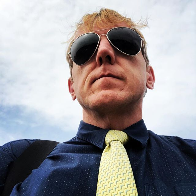 From earlier this #tiedayfriday headed towards a #beehive inspection. What would you call this tie?